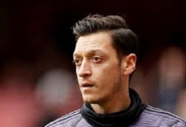 Mesut Özil'in Fenerbahçe Paylaşımı